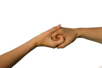 Zwei Hände ineinander verschlungen