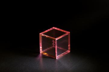 ピンクの立方体ブロック