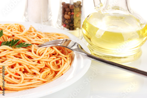 Composition of the delicious spaghetti with tomato sauce