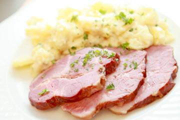 Rollschinken mit Kartoffelsalat