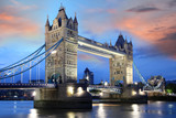 Fototapeta Most - Tower Bridge in the evening, London, UK © samott