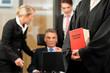 Business, ein Firmenjurist oder Anwalt berät