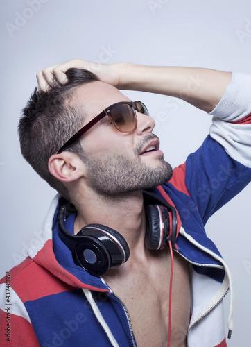 Yari Music 3
