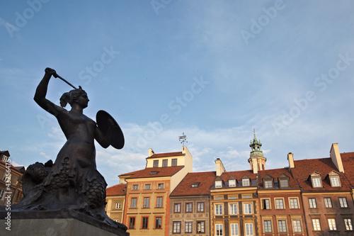 Mermaid statue in Warsaw oldtown, Poland - 43256475