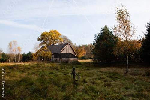 the ruins of the farm in the countryside - 43258273
