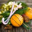 Orangen mit Nelken