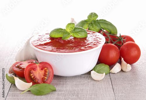 tomato sauce/gazpacho