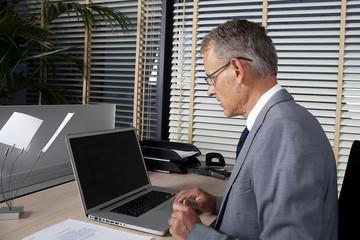 businessman uses new technologies