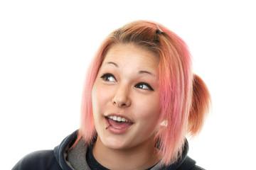 Portrait von Teenager mit Piercing