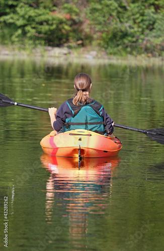 femme sur l eau