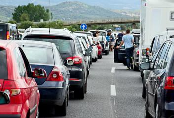 Autobahnstau im Urlaub