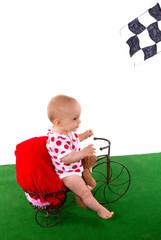 bébé sur un vélo