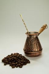 Старинная кофеварка
