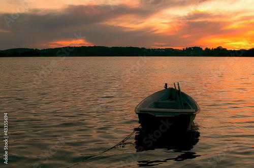 Jezioro o Zmierzchu