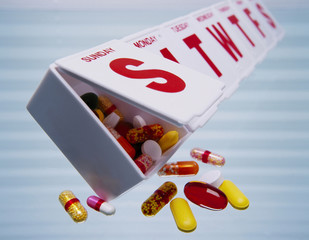 Pills falling out of weekly pill organizer