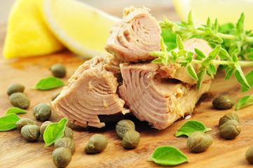 Thunfisch, Kräuter