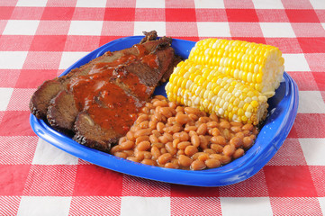 Barbecue beef brisket with port and beans