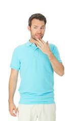 junger mann im Poloshirt