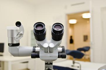 Microscopio ginecologo