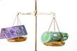 Euro und schweizer Frankn auf Waage