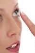Pose d'une lentille de contact