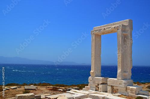 Leinwanddruck Bild door of an ancient greek teble in island naxos