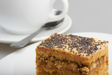 coffe cup with cake
