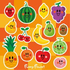 笑顔の果物たち