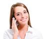 femme souriant téléphonant