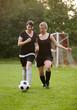 Zweikampf beim Frauenfußball
