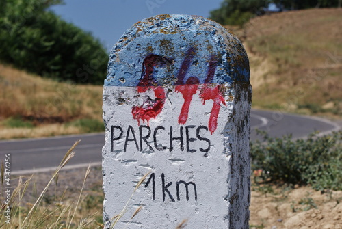 milestone, 1 Km to Parches, Tulcea, closeup