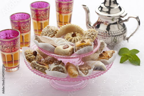 Moroccan mint tea and cookies