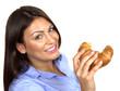 M11 11 Frau mit Croissant