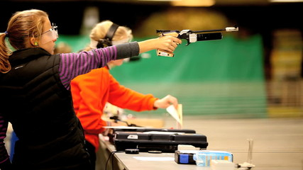 Firing the Air Pistol