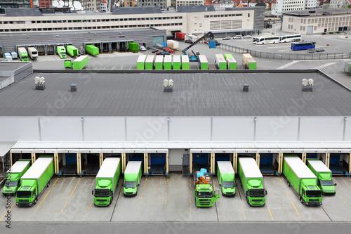 Trade trucks