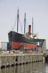 SS Robin Steamship, London