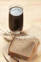 Kvass and rye bread