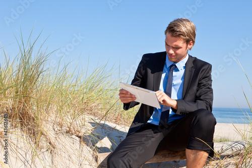 am strand arbeiten