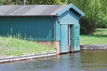 Bootshaus aus Holz