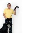 Älterer Mann mit Golftasche