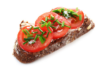 Wholesome Bread with Tomato and Chives