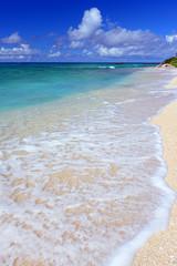 ケラマの美しい海と夏空