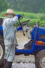 トラクターの洗浄