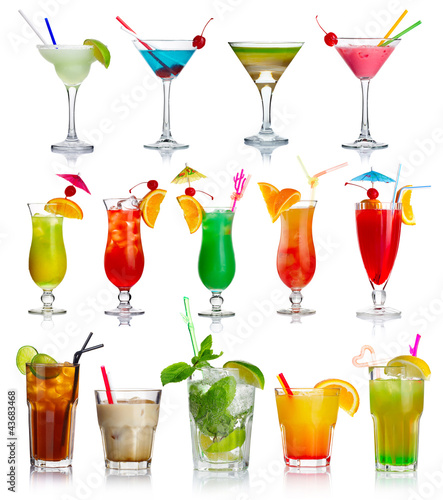 Fotobehang Cocktail Set of alcohol cocktails isolated on white