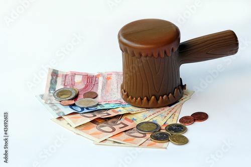 Der Euro unter dem Hammer