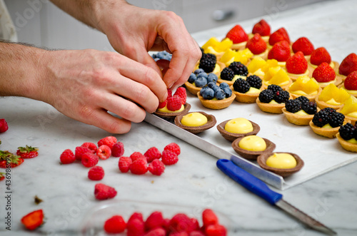Fruit pastry making