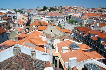 Blick vom Castelo de Sao Jorge in Richtung Rossio, Lissabon. Im
