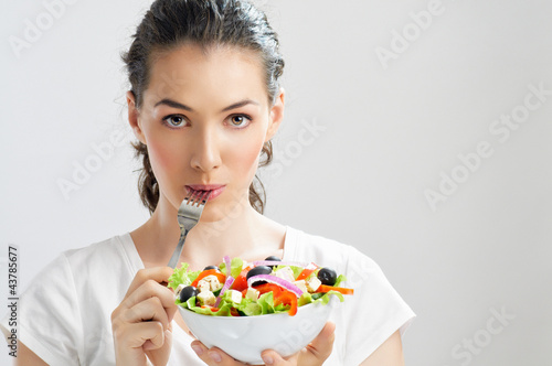 eating healthy food