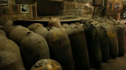 Weinkeller (Traditionelle Lagerung, Peru)