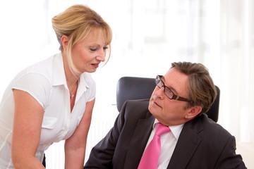 Der Chef und seine Sekretärin
